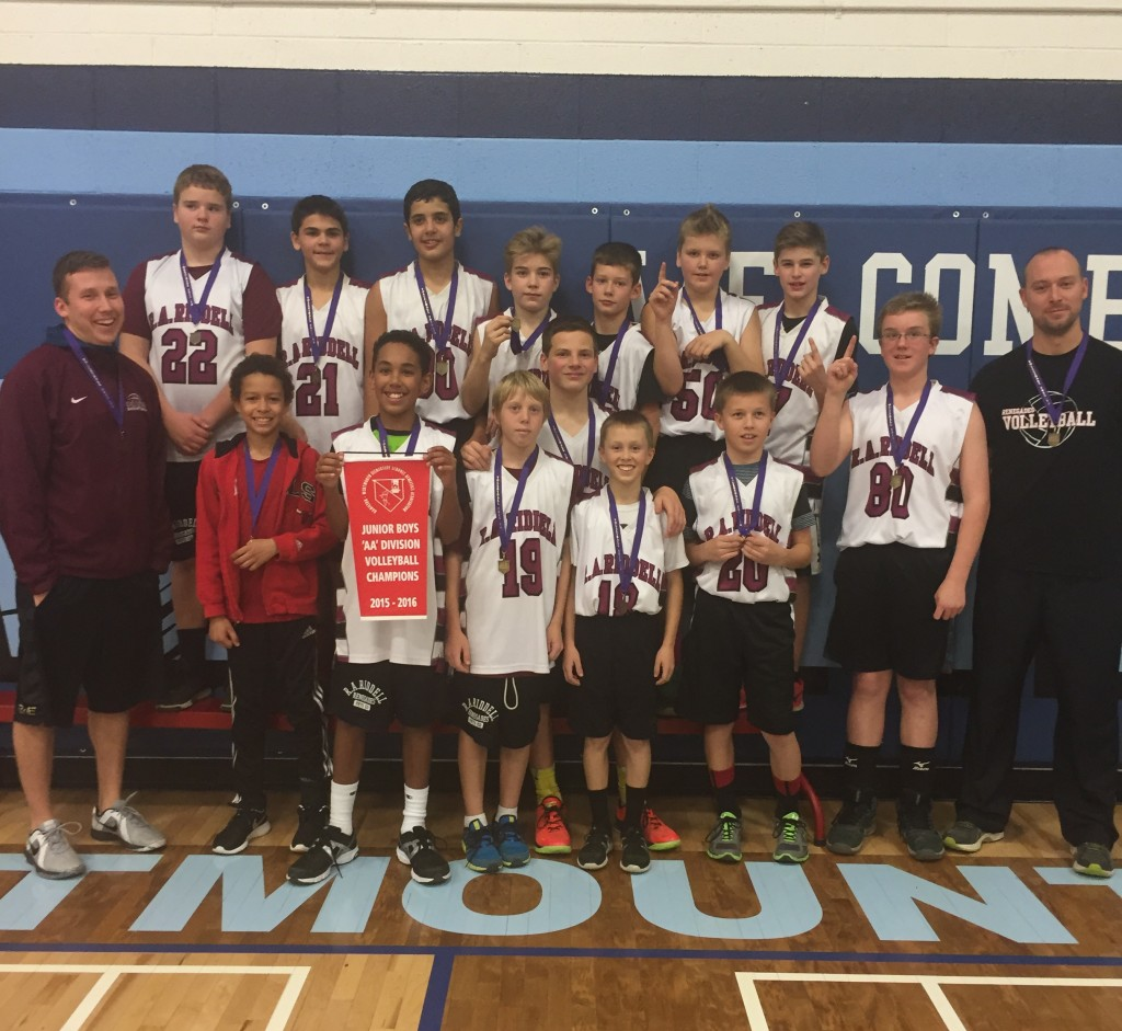 The R.A. Riddell Renegades won the junior boys championship defeating Dundas Central 3-2, 22-25, 25-19, 21-25, 25-14 and 19-17