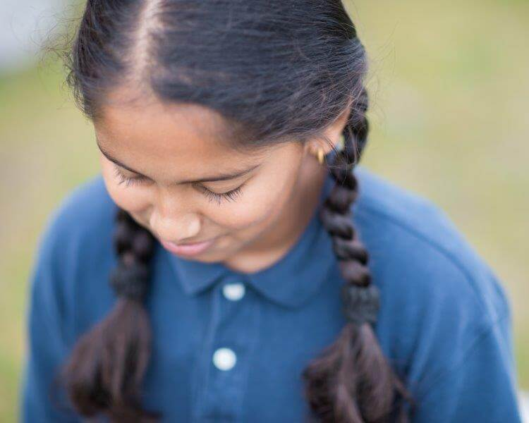 Thivya, Grade 4
