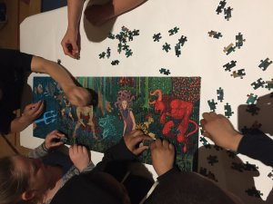 Cathy Wever students do a puzzle